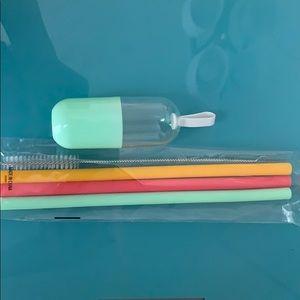 Silicons Reusable straws NWT